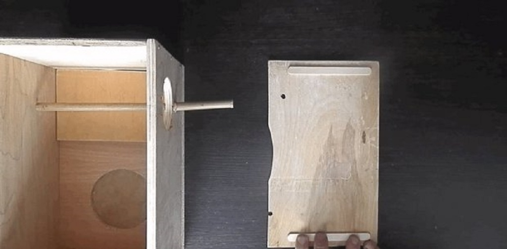 Прикрепляем крышку